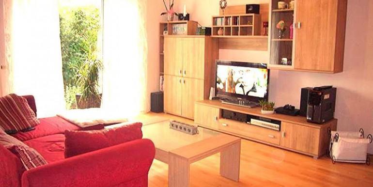 01 Heller Wohnbereich
