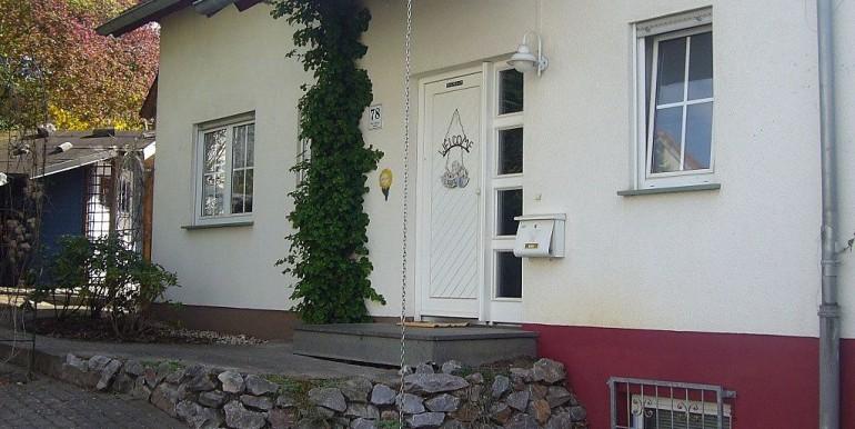 02 Haus-Eingang