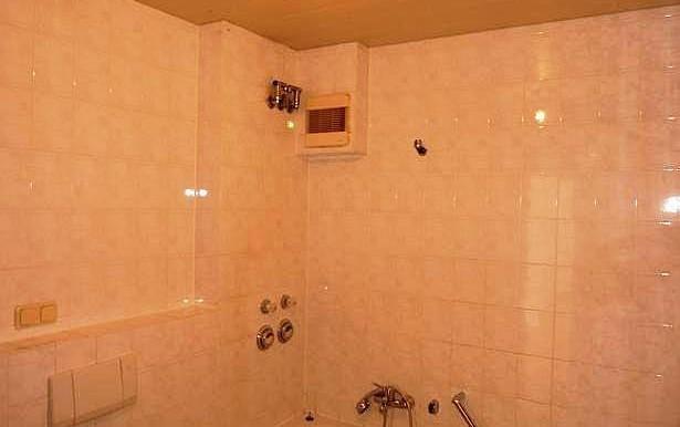 06 Badezimmer