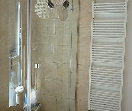 06 Dusche Bodengleiche