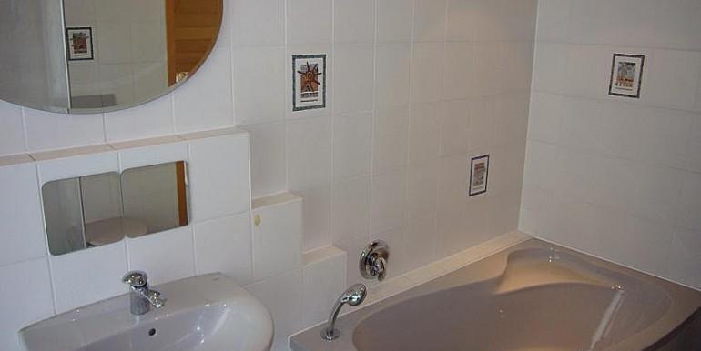 07 Badezimmer im OG