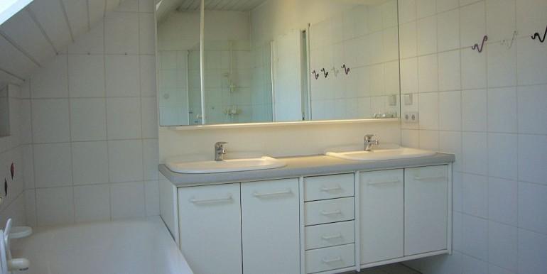 07 Dusch-Wannen-Bad im OG