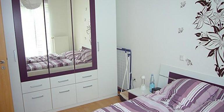 08 Helles Schlafzimmer