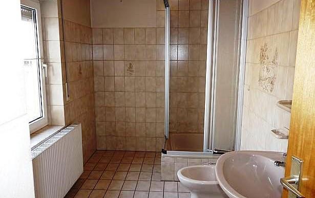 10 Tageslicht-Duschbad