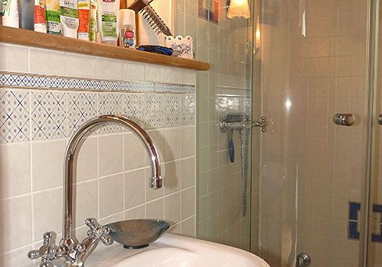 22 Duschbad im DG