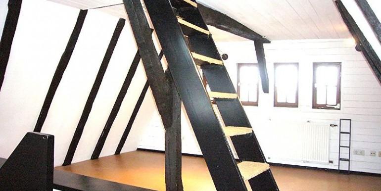 Treppe zur Empore