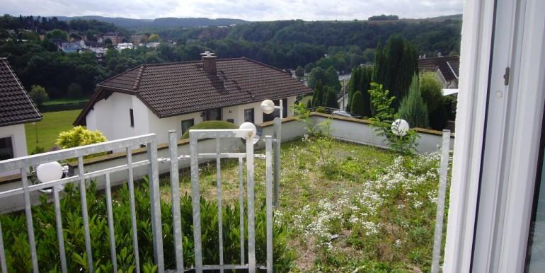 Balkon mit Wiese