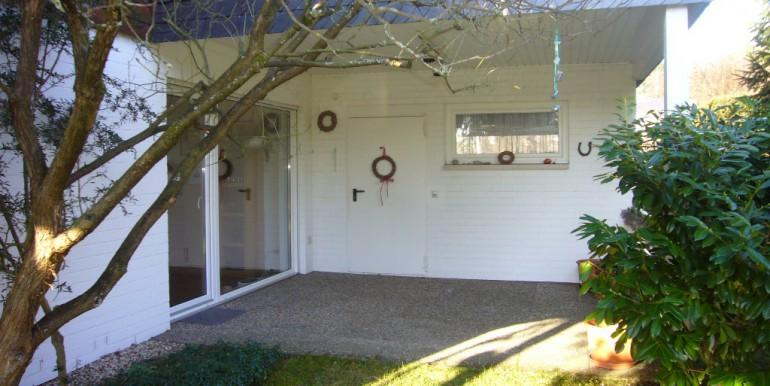 Loggia mit Zugang zur Garage