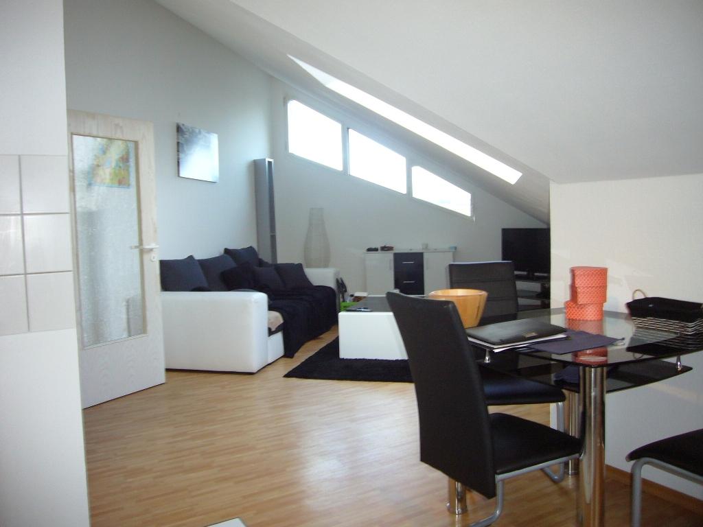 Moderne Architektenwohnung – helle 2 Zimmer mit Tageslichtbad