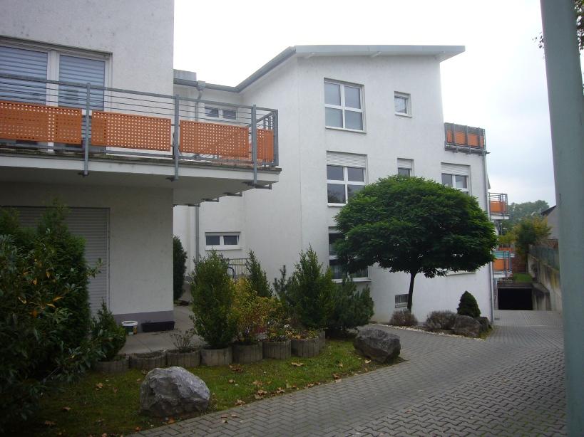 LM-City: Wunderschöne 2-ZKB, incl. Küche, Balkon u. 2 Stellplätzen