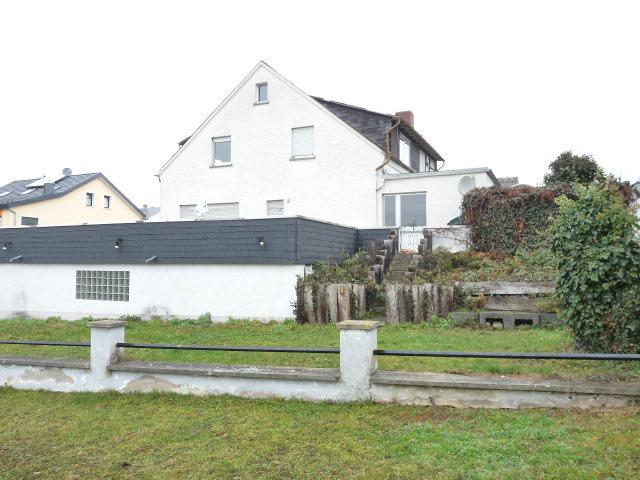 Großzügige 290 m² Wohnfläche mit weiterem Potential und Optionen