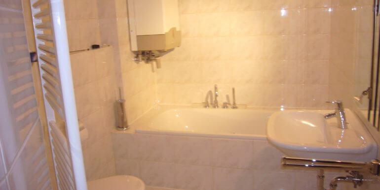 Dusch u. Wannenbad