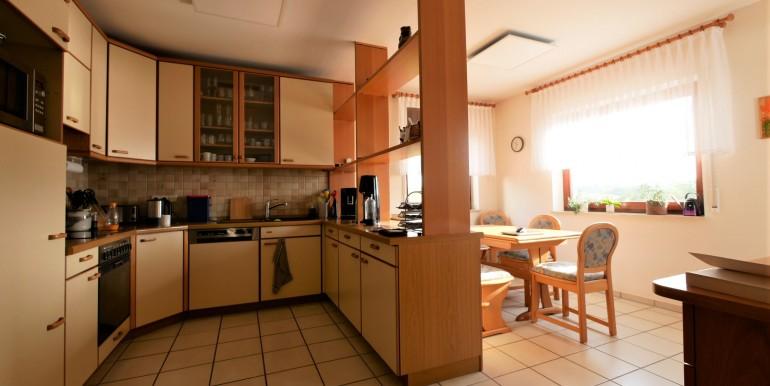 Küche m. Sitzgruppe
