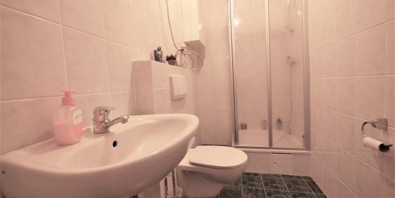 Duschbad mit WC im UG 1